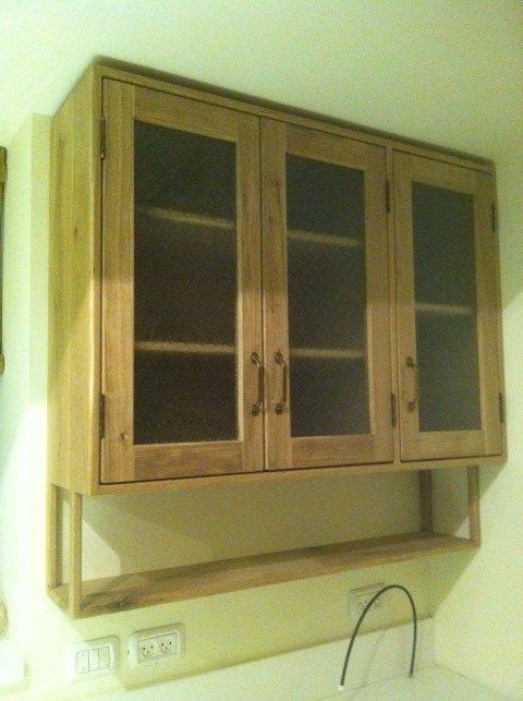 ארון מעץ אלון למטבח