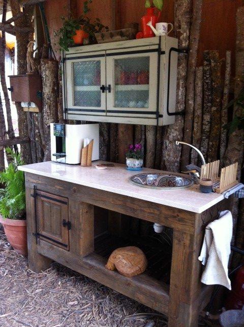 סטודיו ליוגה - פינת קפה כפרית